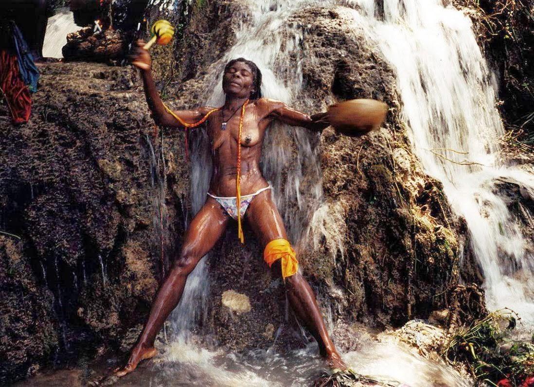 07 haiti-voodoo-sf-03.jpg