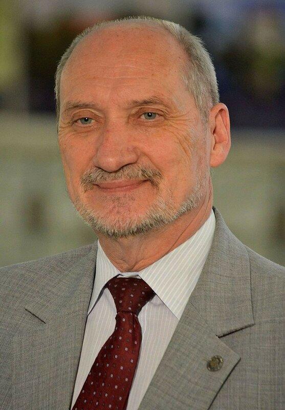 Antoni_Macierewicz_Sejm_2014.JPG
