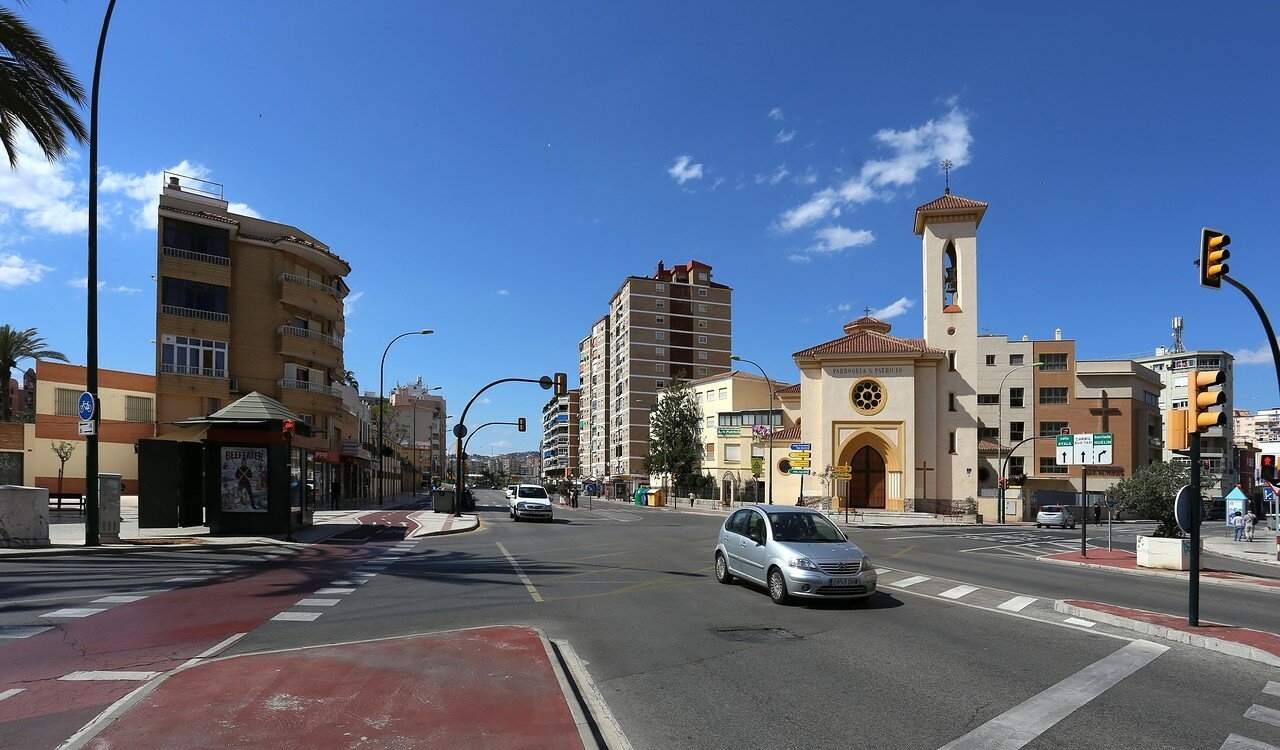 Малага. Авенида Хуана XXIII (Avenida Juan XXIII)