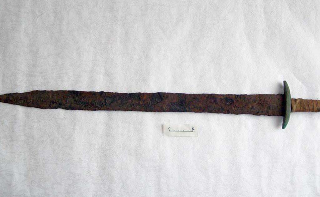Легендарный повелитель гуннов получил оружие в дар от богов. Свой меч Аттила использовал как символ