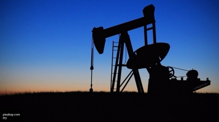 Страны ОПЕК могут заморозить добычу нефти