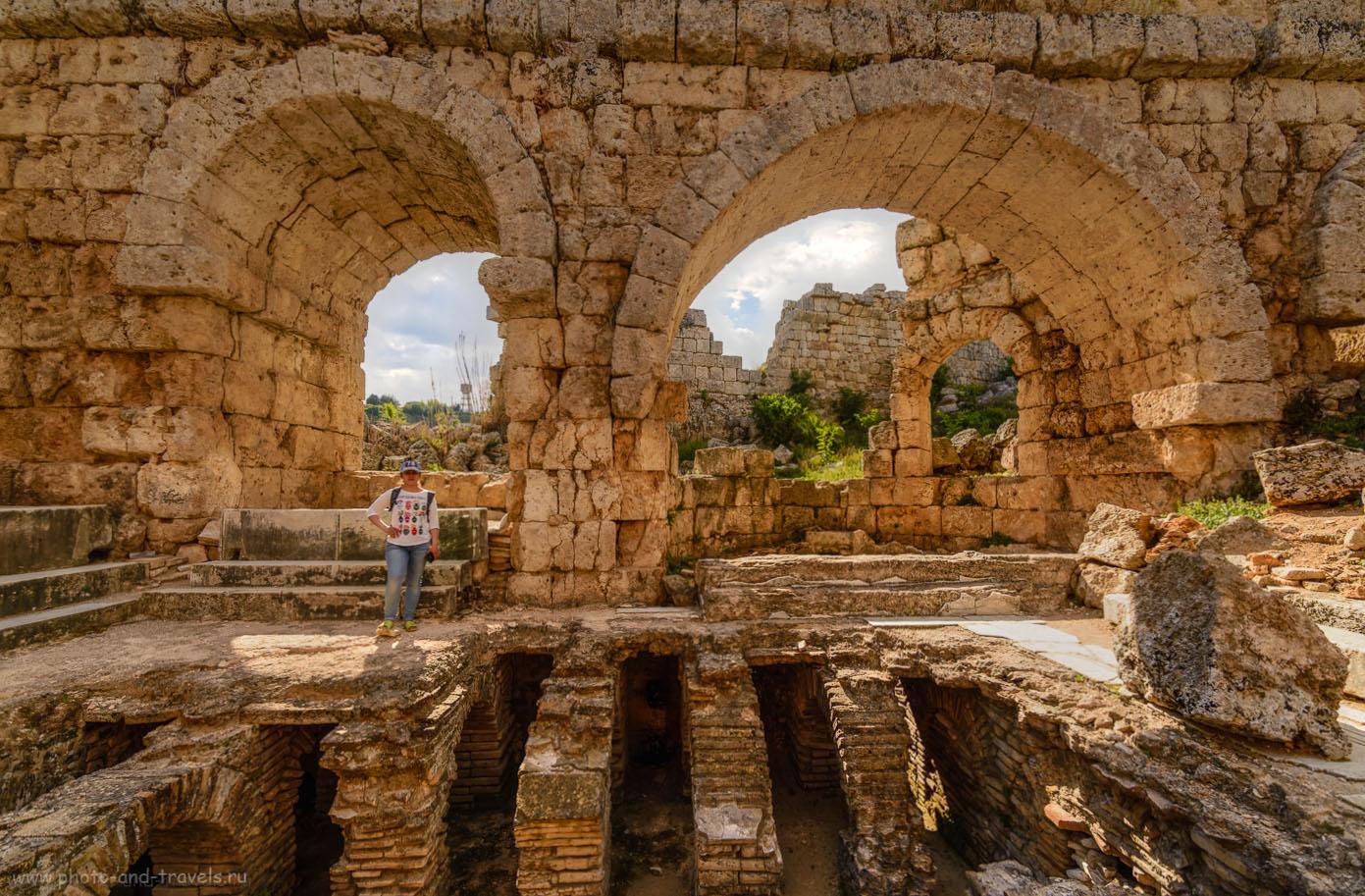 Фотография 30. Римские бани. Экскурсия в Перге. Поездка из Анталии по интересным местам в округе. HDR.