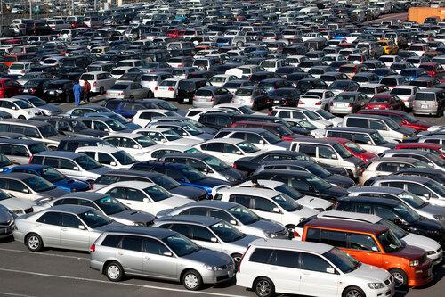Автомобильный рынок России стал третьим в Европе