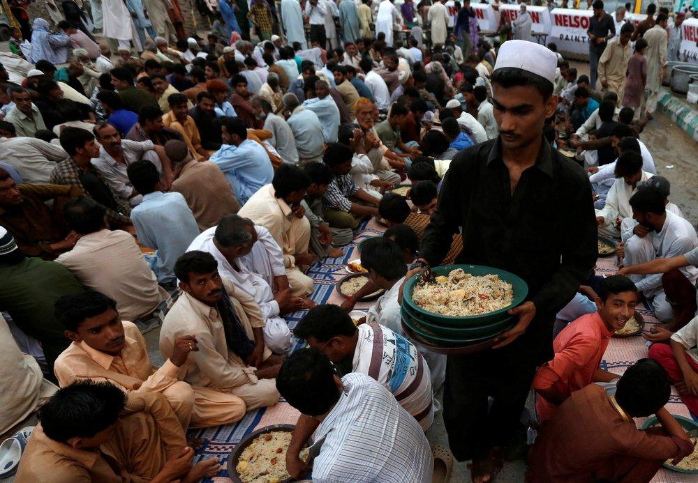 essay fasting muslims