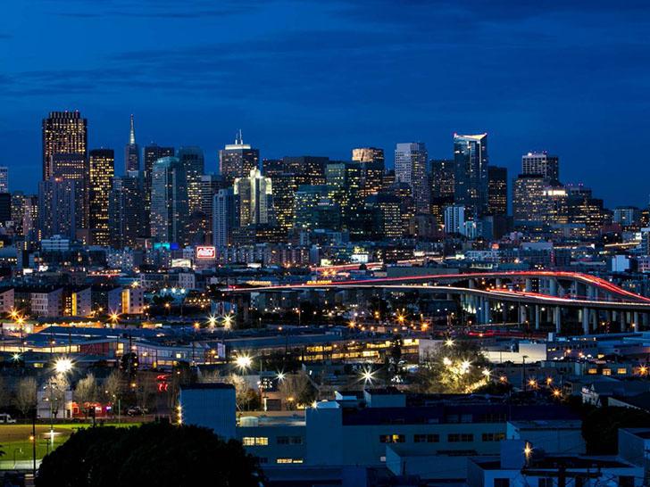 Сан-Франциско сегодня. Сейчас Сан-Франциско имеет плотность населения примерно 18 451 человек на ква