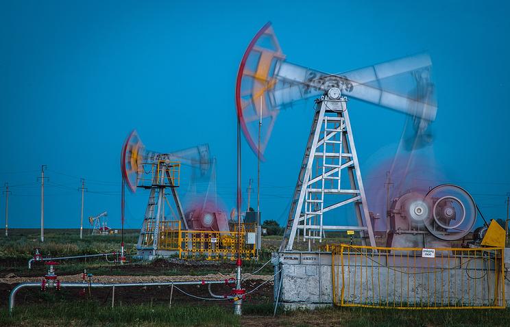 Эр-Рияд готов снизить свое производство нефти на0,5 млн баррелей