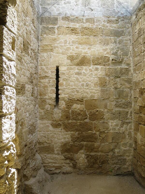 Фамагуста. Крепость. Бойница юго-восточной башни