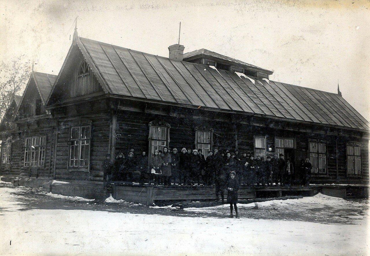 1928. Семилетка при Побединской колонии