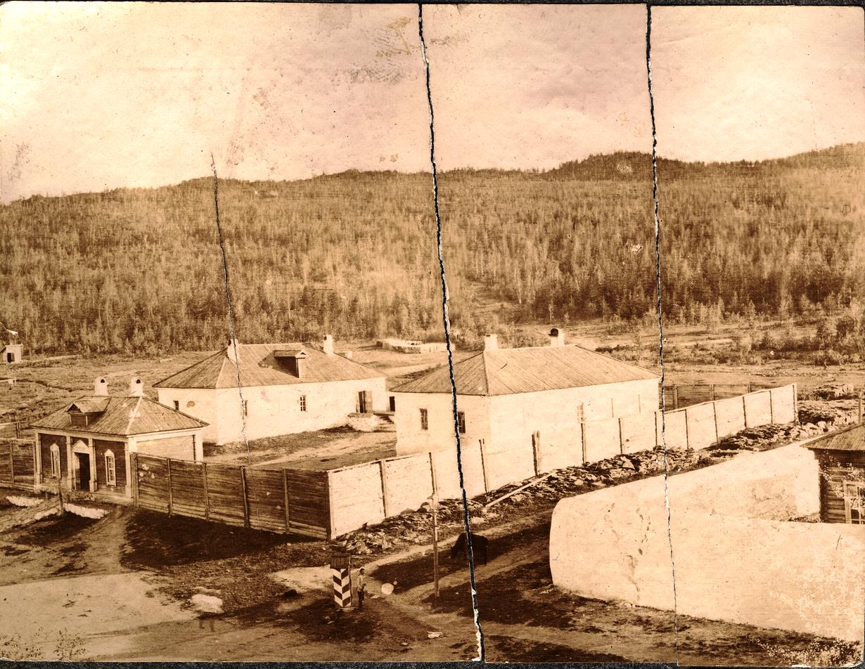 27. Вид на тюрьму сверху