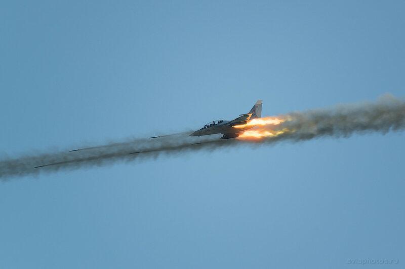 Яковлев Як-130 (RF-81689 / 80 красный) ВКС России 0520_D805984