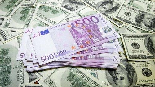 В Молдове запретят снимать со счетов иностранную валюту