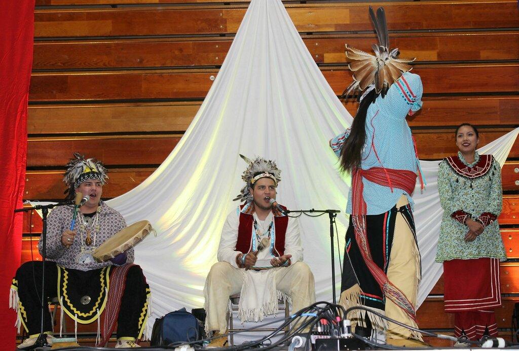 Индейцы онейда на Фестивале дружбы.
