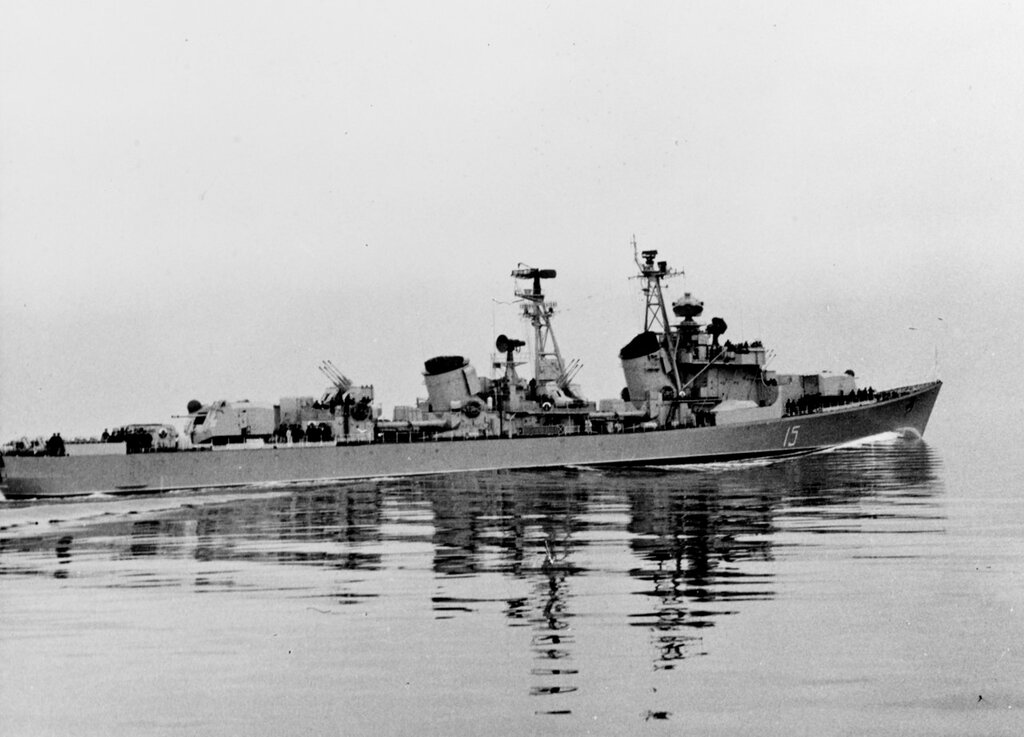 Soviet KOTLIN Class Destroyer, Photographed during Spring 1958 in the Baltic Sea while wearing pennant number 15.