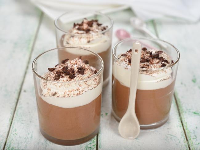 Ингредиенты : 100г горького шоколада (70% какао) 200мл орехового молока (изфундука) 300г тофу 50