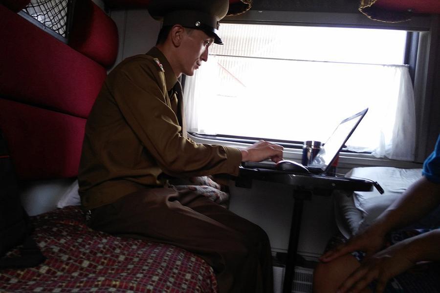 11.Проверке подлежат все электронные носители пассажиров