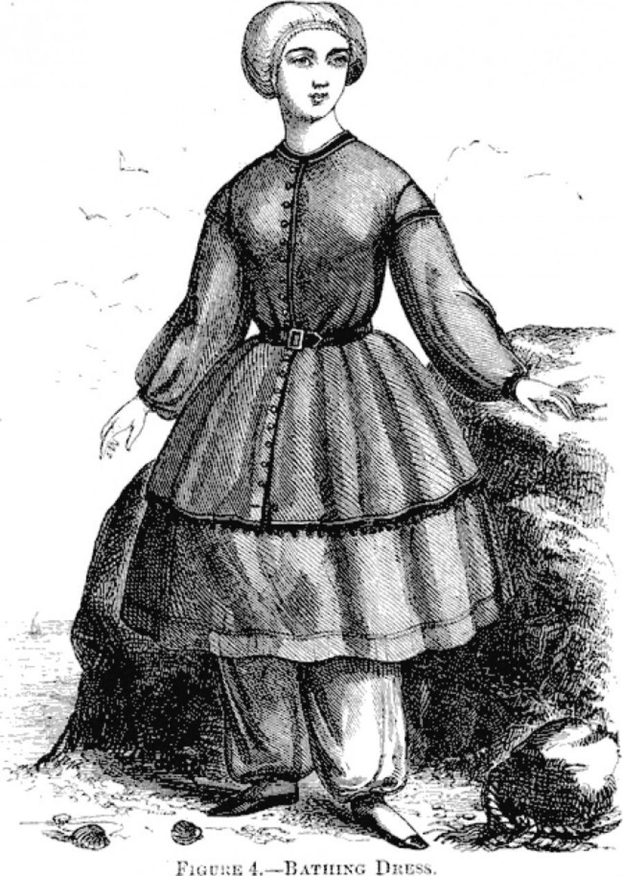 Лиф, нижняя юбка, чулки и чепец. И во всем этом леди буквально парились в жаркие летние дни. 1900-е