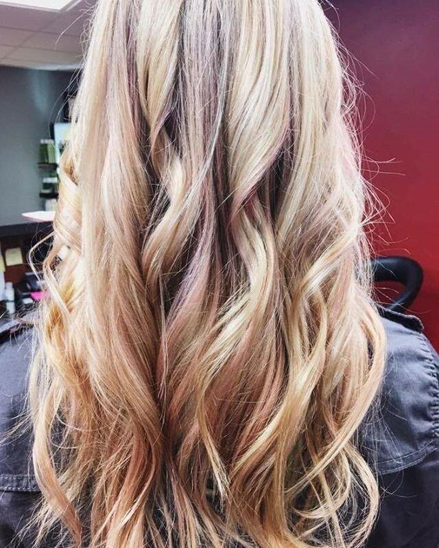 розовое-золото-волосы-окрашивание-фото7.png