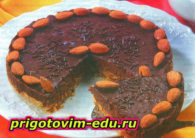 Торт из мюсли с миндалем