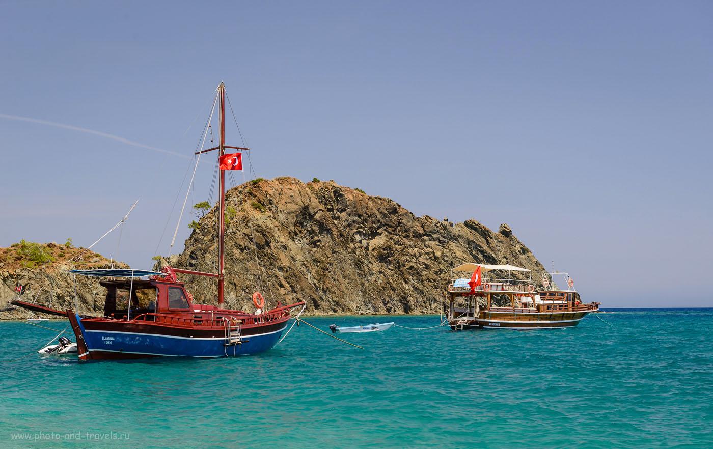 Фотография 26. Куда поехать на пляжный отдых в Турции? В небольшой поселок Чиралы, что в 30 км западнее Кемера. 1/100, 8.0, 100, 60.