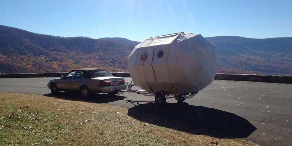 Мобильный дом на колесах за 1500 долларов