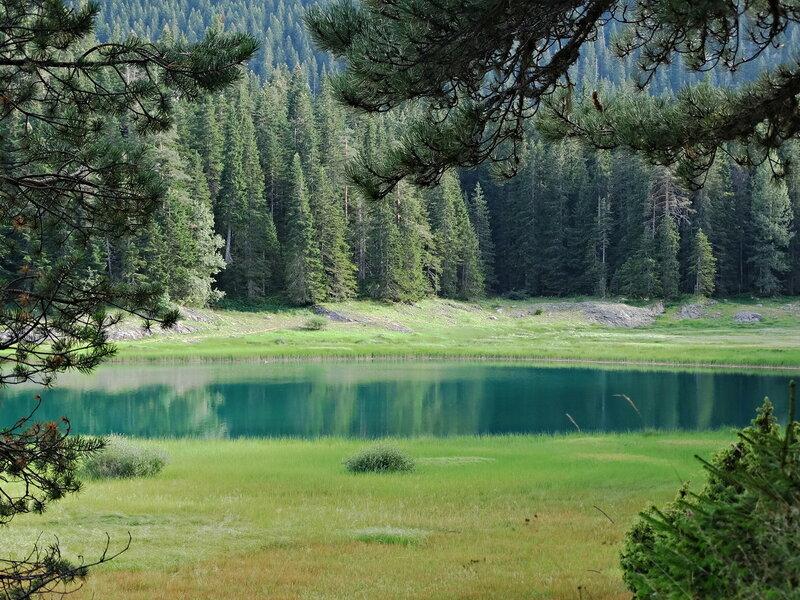 Черное озеро. Черногория