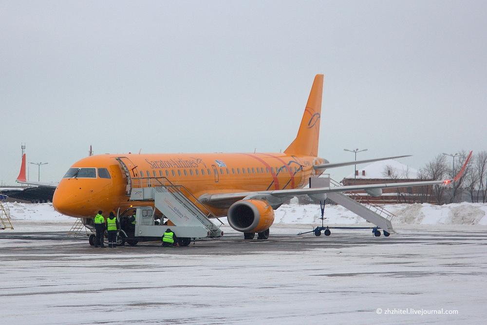 Как готовятся к полету стюардессы и пилоты