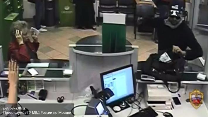 ВРостове милиция  продолжает поиски преступников  2-х  банков