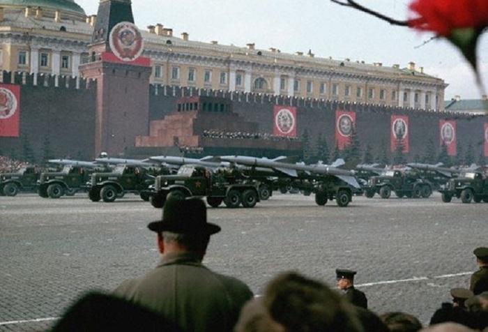 Парад на Красной площади, 1966 год.