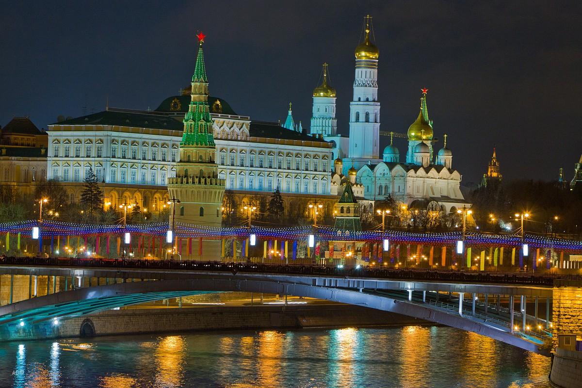 Ночная новогодняя Москва