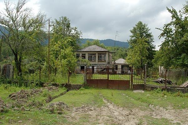 Абхазия – ложка дегтя