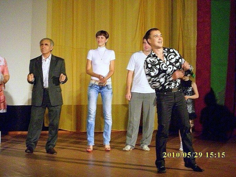 О театре, май 2010, П-А НТ, фото Романа Тышечко ... 03.jpg