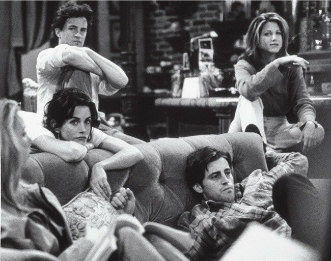 Сериал «Друзья» — 10душевных фотографий о дружбе актеров за кадром
