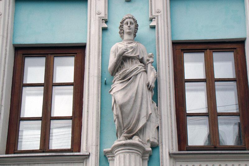 Богиня в диадеме