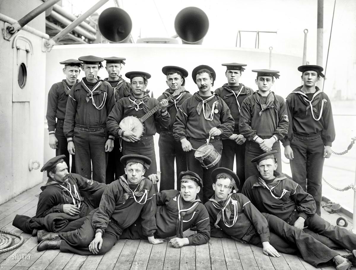 Корабли, речные суда и военные моряки на снимках американских фотографов конца 19 века (18)