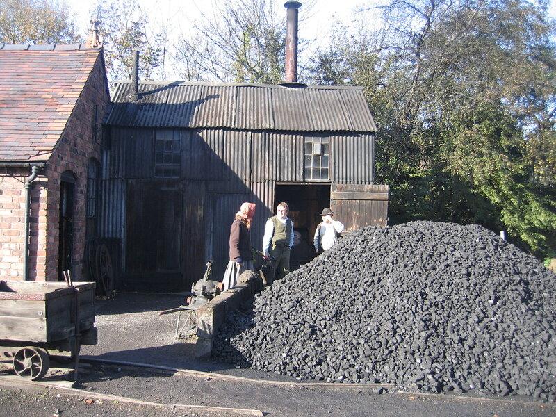 Угольный сарай