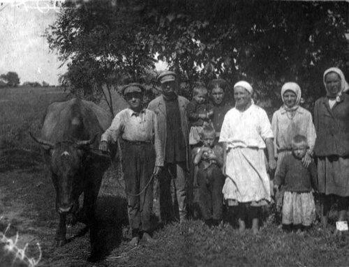 Бригада по обработке сахарной свеклы, Чернобаевский район Полтавской обл., 1934 г.