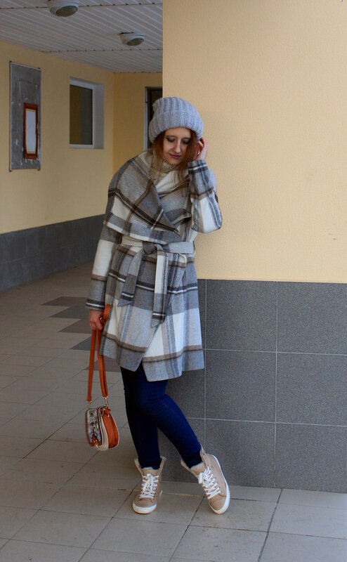 Пальто - oasis, шапка - stradivarius, ботинки - bershka, сумка - modis