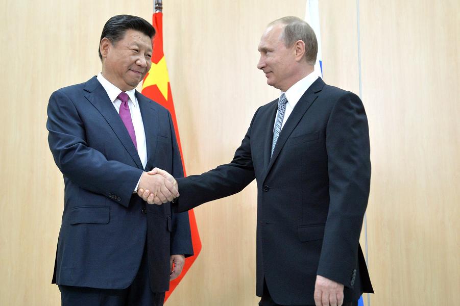 Путин и Си Цзиньпин, встреча 8.07.15 на полях саммитов БРИКС и ШОС в Уфе.png