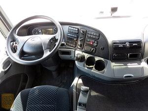максимальная комплектация в кабине грузовика мерседес