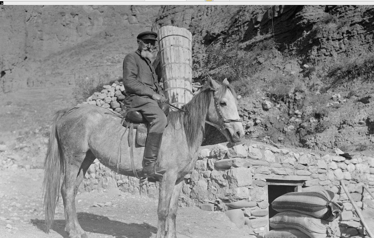 Крестьянин на лошади