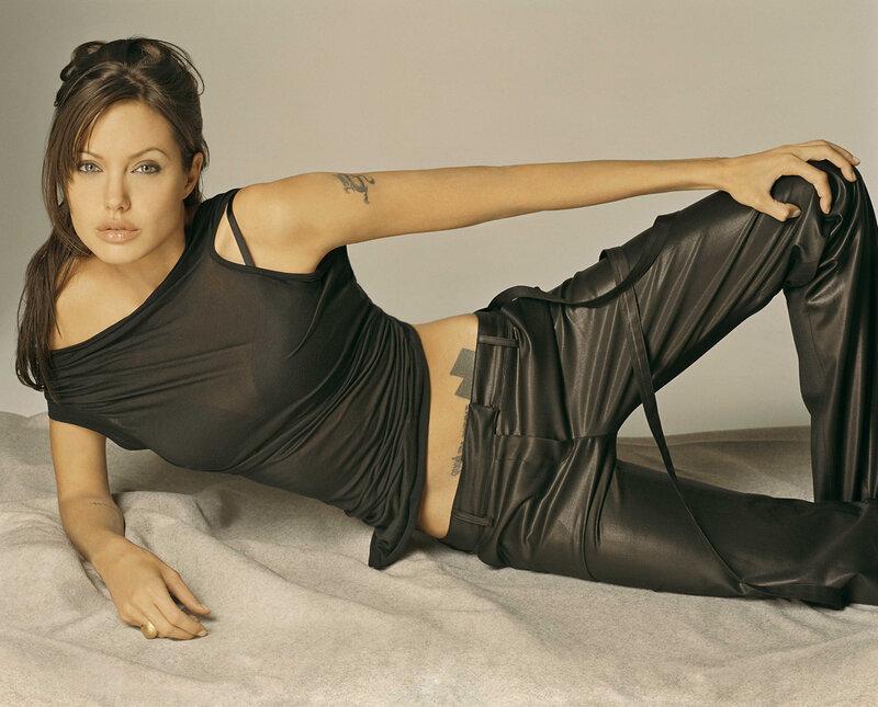 Анджелина Джоли (Angelina Jolie) 2003