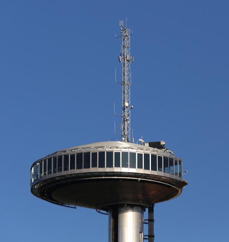Мадрид. Телекоммуникационная башня Фаро-де-Монклоа (Faro de Moncloa)