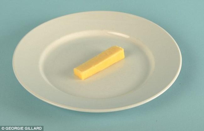 2ржаных хлебца состоловой ложкой сыра