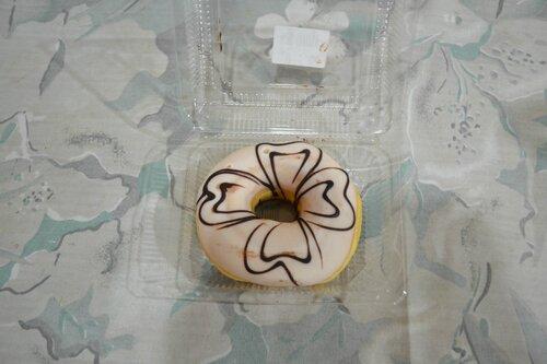 Пончик, тайская выпечка