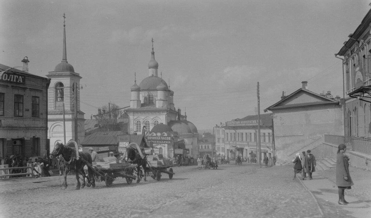 04. Нижний Новгород. Уличная сцена