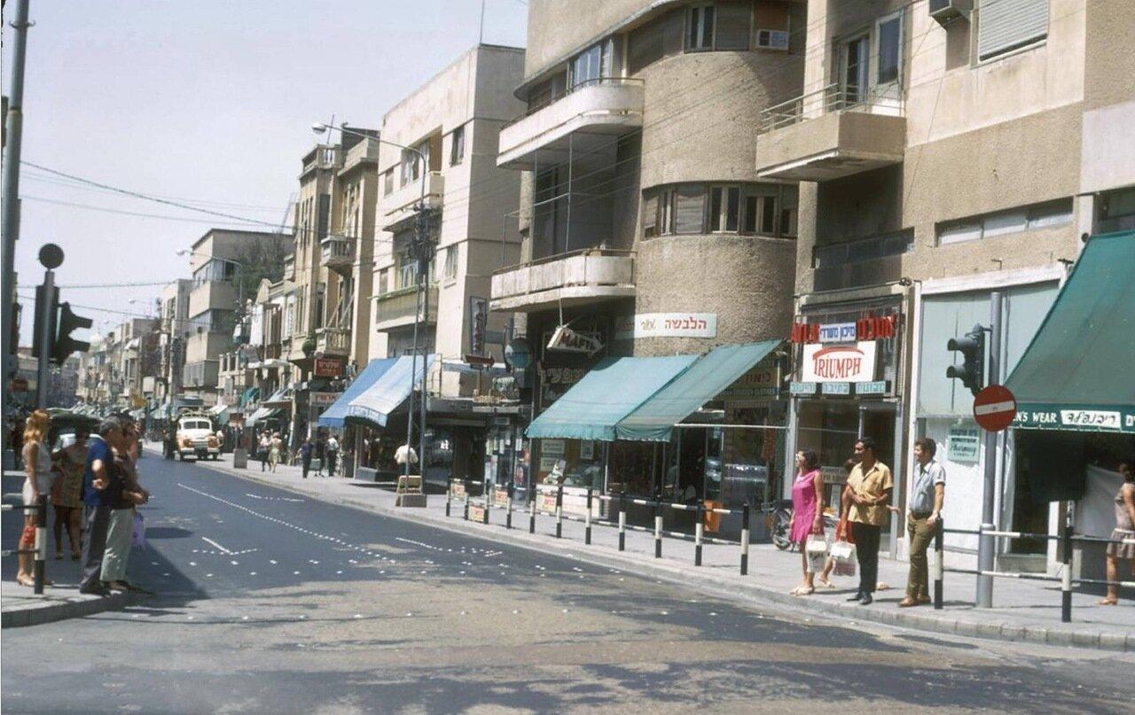 21. Улица Нахалат-Биньямин