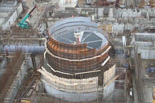 Монтаж шахты реактора БН-800