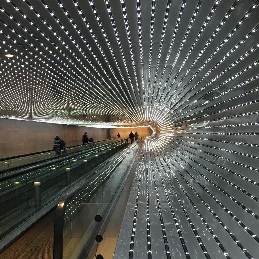 21. Национальная галерея искусства (Вашингтон, США) Комплекс состоит из сада скульптур и двух зданий