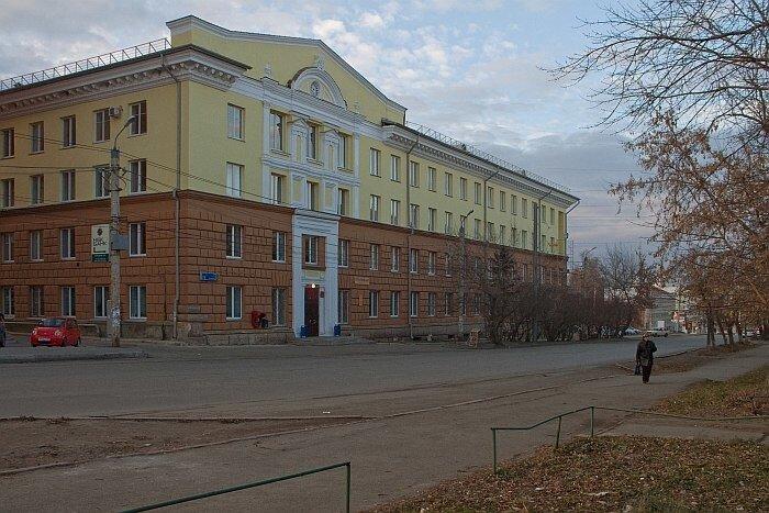 Здание Елькина 76, Советский районнный суд
