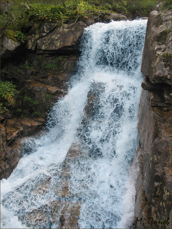 водопад л